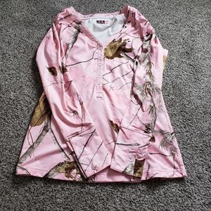 Under armour pink camo fitted long sleeve
